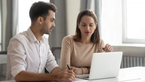 How to Find a Mentor for Operating an Online Business?